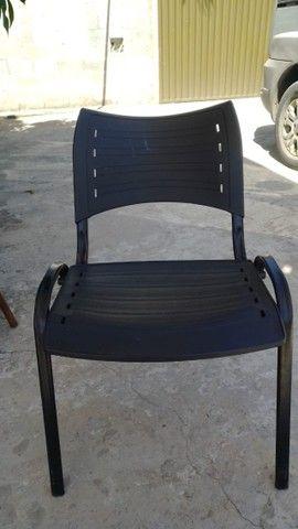 Cadeira ISO Fixa para festa, vendo o conjunto ou somente as cadeiras - Foto 5