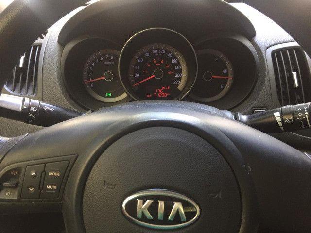 Kia Cerato EX2 1.6L 2010/2011 - Foto 2