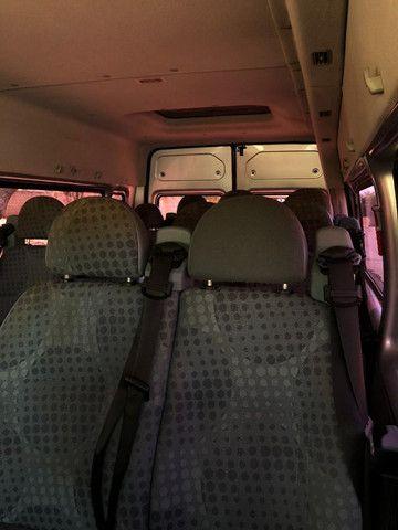 Van Ford Transit 2013 2.2 TDI Diesel 16 lugares - Foto 6