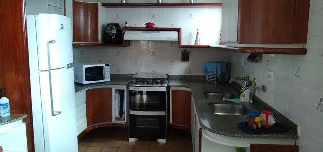 Casa em Cond. em Aldeia + Chalé para Hospedes - Foto 7