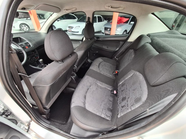 Peugeot 207 XR 1.4 Completo! 2010 - Foto 11