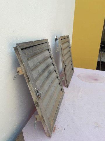 Portas de aluminio tam. 50 x 50 cada $ 120,00 zap. 98687.7951 - Foto 6