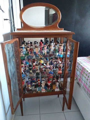 Cristaleira antiga + coleção completa - Foto 2
