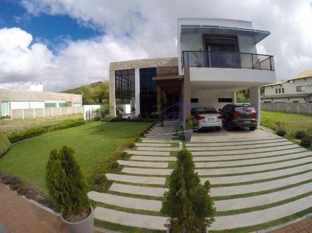 Casa de luxo com 5/4 sendo todos suítes e piscina - Condomínio Morada da Garça