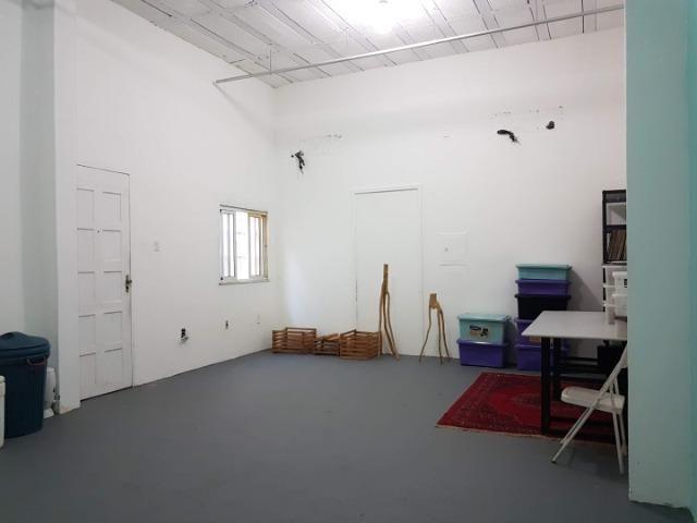 Espaço com pé direito alto para estúdio de dança, pilates, etc. no alto do Rio Vermelho - Foto 8
