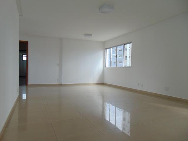 Apartamento para alugar com 4 dormitórios em Centro, Divinopolis cod:20466