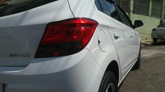 Chevrolet onix 1.4 -top de linha - Foto 6