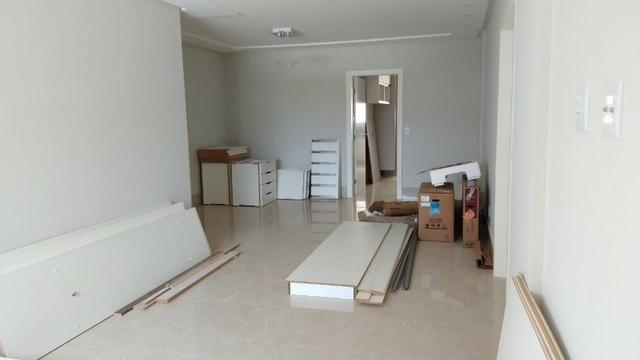 Belíssimo Ap. (3 suites) a venda, no bairro Candeias, Vitória da Conquista - BA - Foto 2