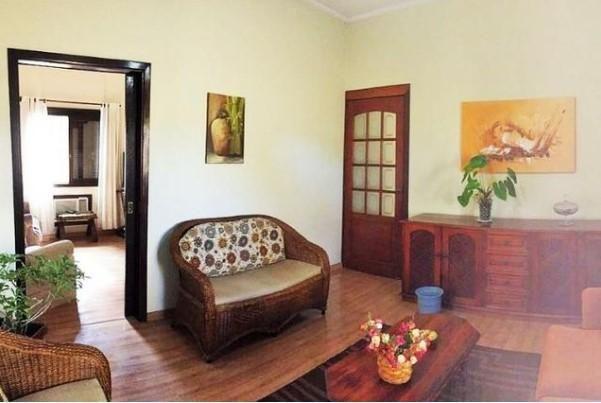 Belíssima casa a venda no teresópolis