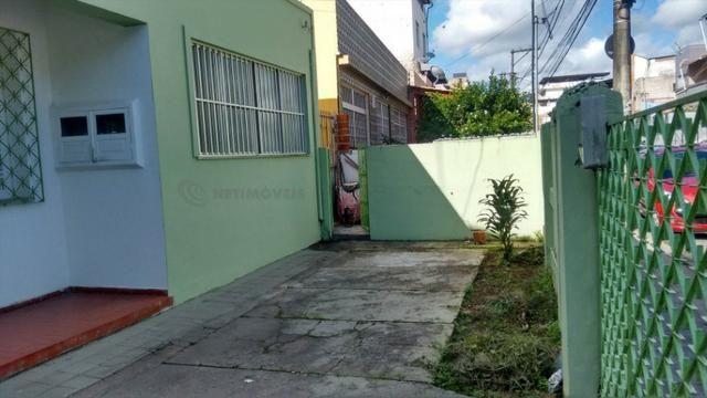 Casa 6 Quartos com 3 Garagens à Venda no Iapi ( 682817 )