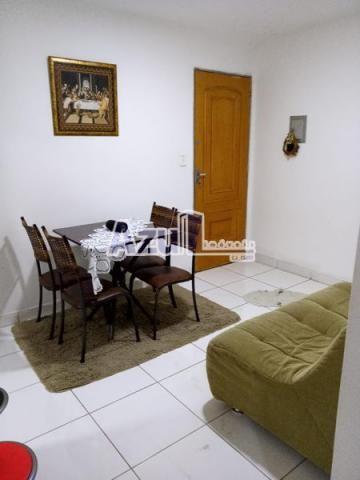 Apartamento com 2 quartos no Edifício Roma - Bairro Jardim Esmeraldas em Aparecida de Goi - Foto 3