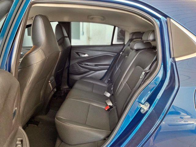 Onix Premier automático com 1000km. Financiamos em até 60 meses - Foto 8