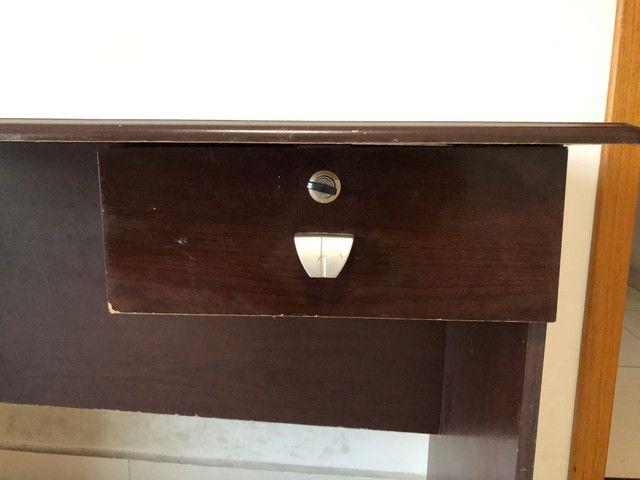 Escrivaninha com gaveta de cadeado - Foto 3