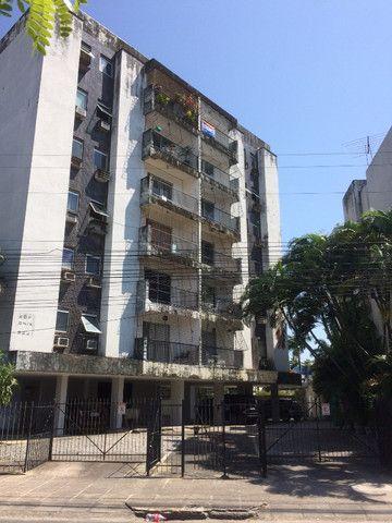 Apartamento na Imbiribeira, com 02 quartos/dependência, no último andar e muito ventilado - Foto 6