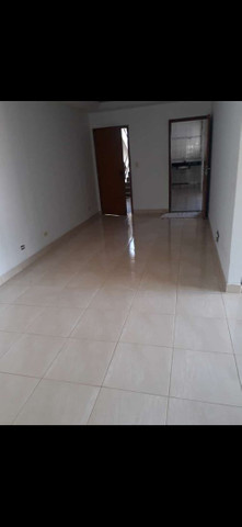 Aluga-se apartamento com dois quartos e uma suíte  - Foto 2