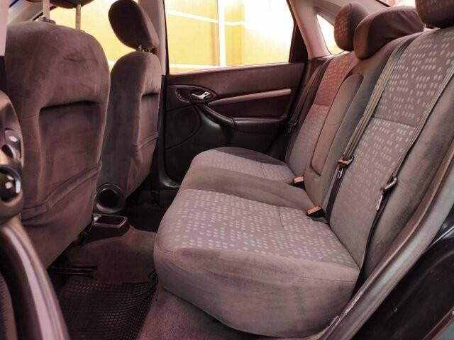 Ford Focus Sedan Ghia 2.0 16V - Foto 9