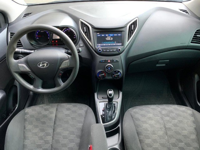 Hyundai HB20 1.6 Comfort Plus Automatico 18/18 - Foto 7