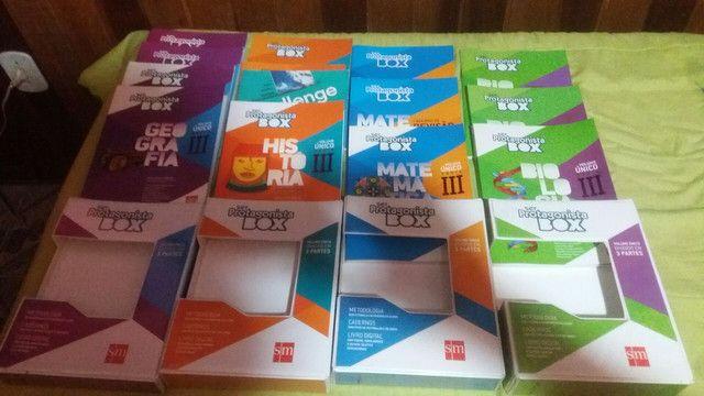 Livros do  ensino médio novos. - Foto 3