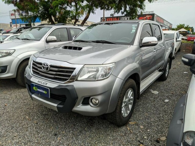 Hilux 3.0 Srv A/T 4x4 completa