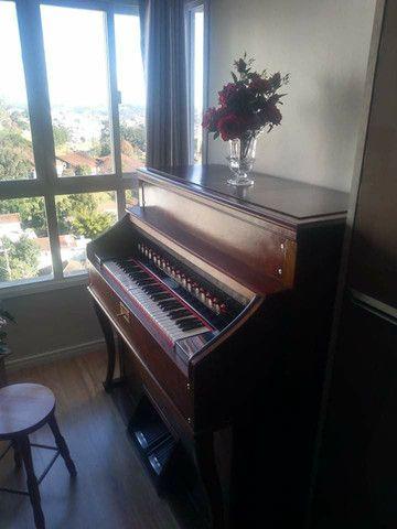Harmônio-órgão Todeschini - estilo Piano vertical - Foto 6