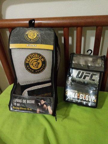 Luvas de Boxing e Liva MMA da UFC