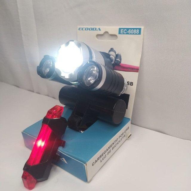 Kit lanterna e pisca trazeiro para bicicleta