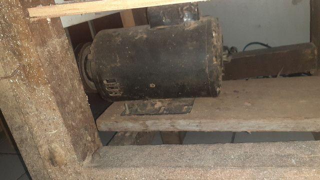 Vendo bancada de corte.... motor de 3cv de alta monofásico  - Foto 4
