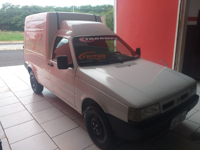 Fiorino furgao 1.5 ano 1999 pneus novos documento 2021 pago ! - Foto 2