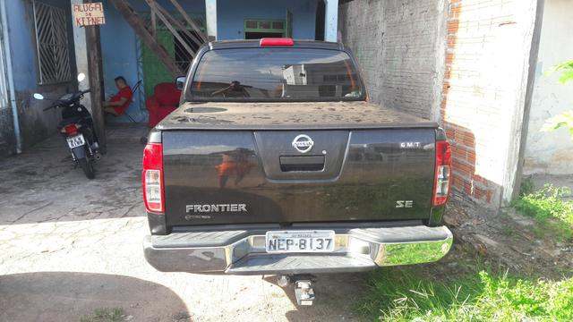 Nissan frontier pick-up