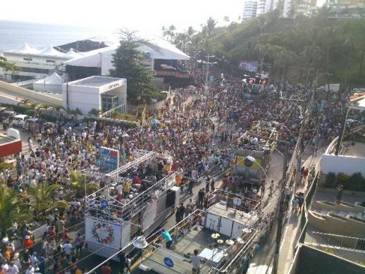 Duplex (temporada) grupos para o Carnaval