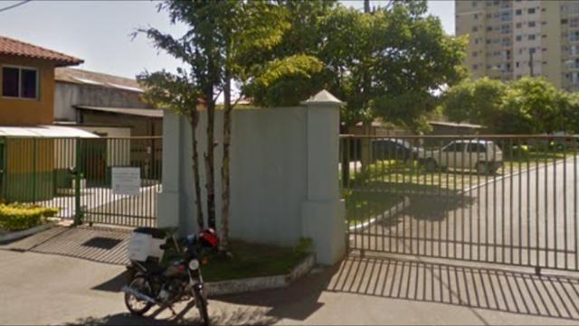 Aluga-se apartamento em Laranjeiras