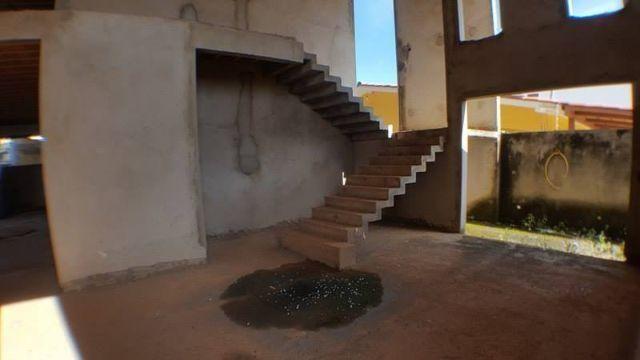 Sobrado 4 Suítes, 650 m² em 2 lotes na 106 Sul