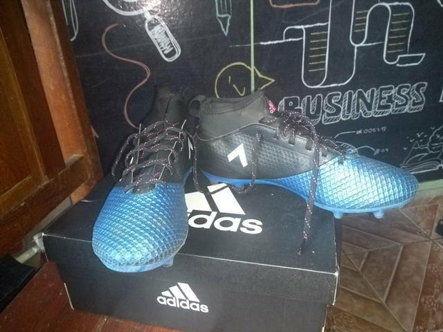 Chuteira Adidas Ace: Vendo ou Troco por algo do meu interesse