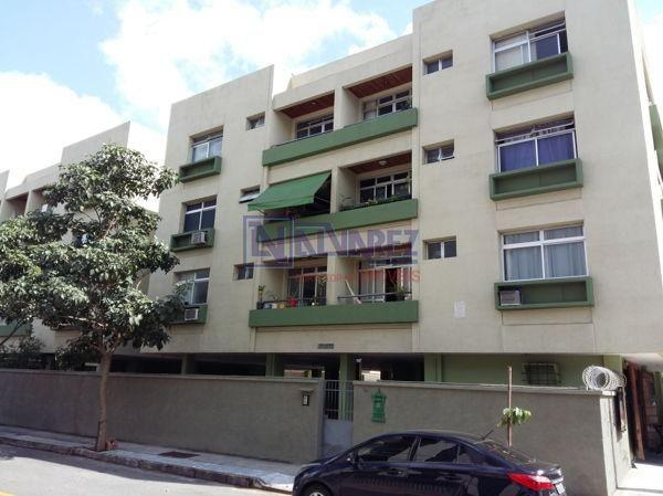 Apartamento  com 2 quartos no ED. BRAULINO BRASILIANO GOMES - Bairro Jardim da Penha em Vi