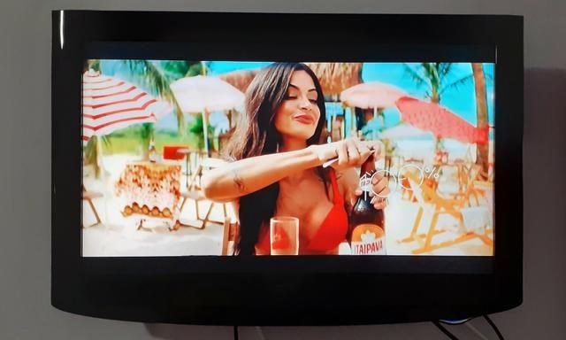 Vendo TV LG 26 polegadas novinha barbada - Foto 4