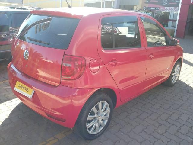 VOLKSWAGEN FOX 1.0 MI 8V FLEX 4P MANUAL - Foto 4