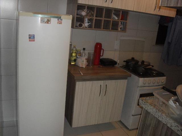Alugo apartamento mobiliado - Foto 2
