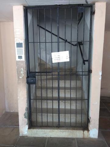 Vende - se apartamento no janga - Foto 2