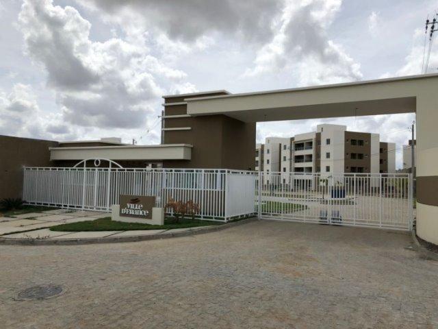 Apartamento 2/4 com varanda - Condomínio Ville D'FranceCondomínio Ville D'France