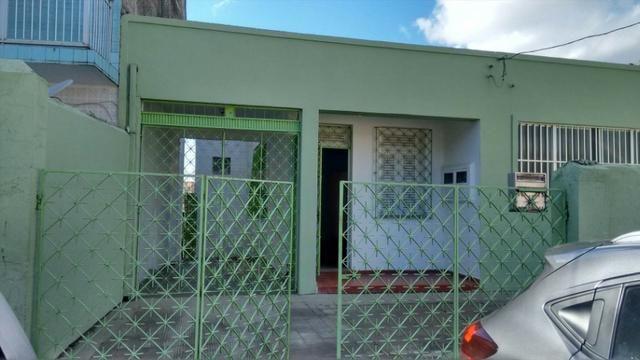 Casa 6 Quartos com 3 Garagens à Venda no Iapi ( 682817 ) - Foto 2