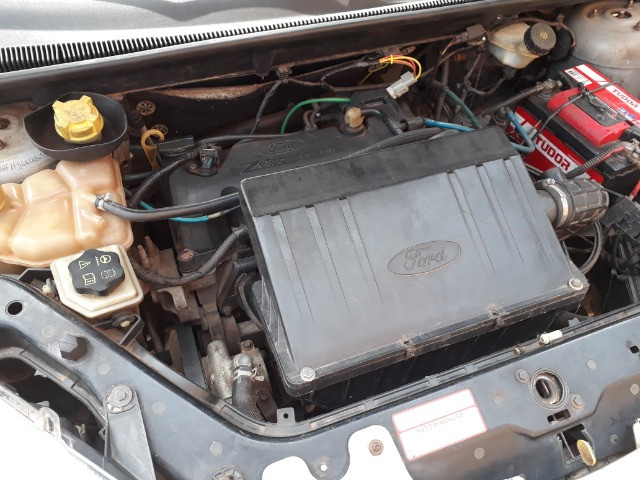 Fiesta sedan 2010 - Foto 9