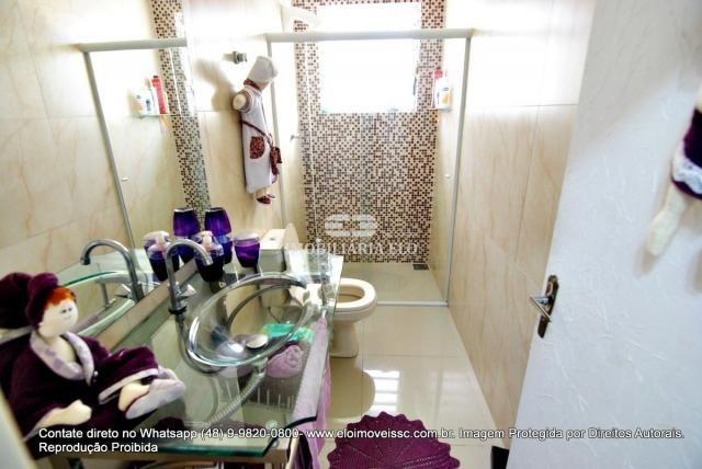 Casa no bairro Balneário, Florianópolis de 04 dormitórios com suíte - Foto 13