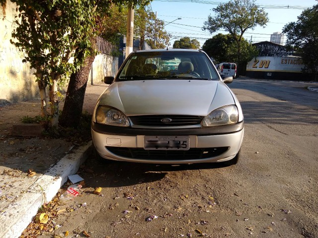 Fiesta 1.0 4p 2001 - Foto 4