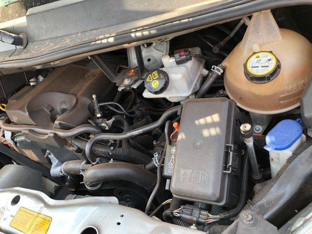 Van Ford Transit 2013 2.2 TDI Diesel 16 lugares - Foto 5