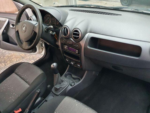 Renault Logan 1.6  - Foto 4