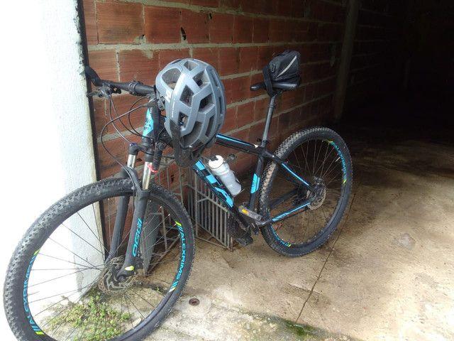 Vendo bike aro 29 freio a disco comando shimano