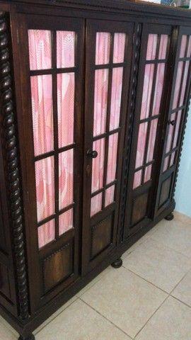 Cristaleira em madeira maciça, estilo Manuelino,   - Foto 3