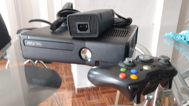 X box 360 com 50 jogos  - Foto 6