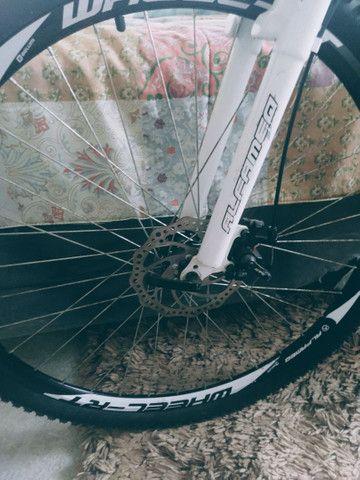 Bike aro 26 freio a disco nas duas rodas  - Foto 2
