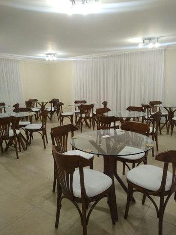 Mesas e cadeiras * BANQUETAS  - Foto 2